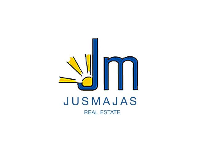 Логотип компании Jusmajas